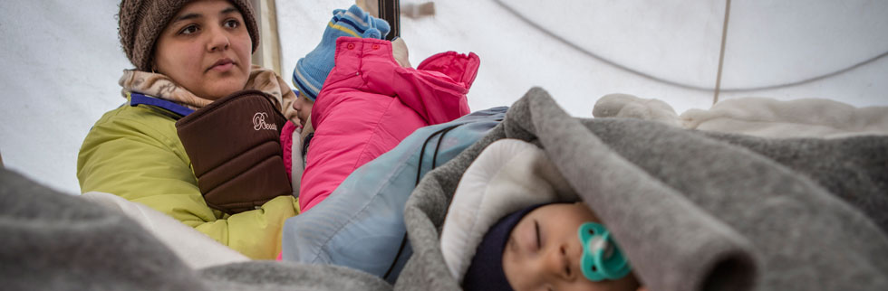 Children at risk on refugee route as temperatures plummet to -20 °C